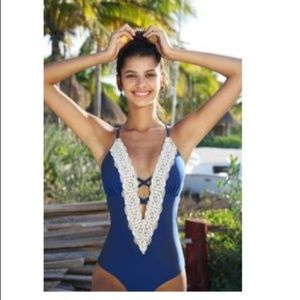 Cupshe Vintage Lace one piece swimsuit